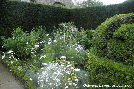 'The White Garden' - Hidcote Manor, Gloucestershire (UK)